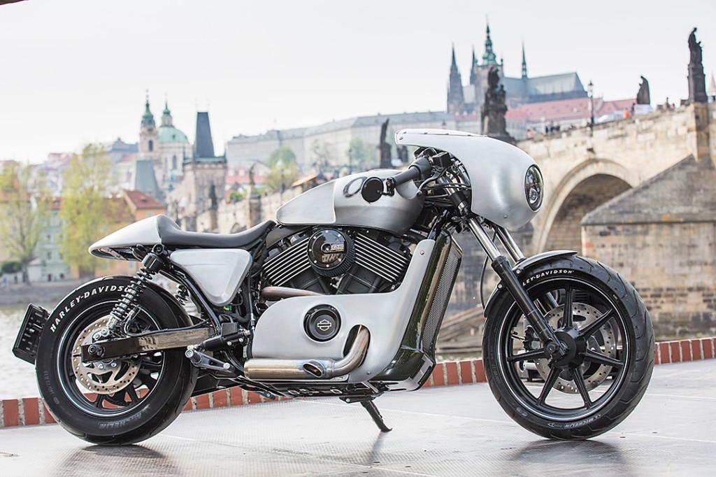 Harley_custom_Praha